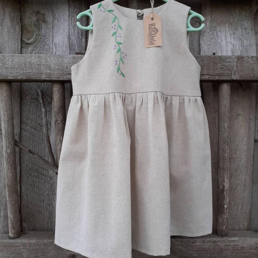 apranga mergaitėms | Suknelės | puošni siuvinėta lininė suknelė