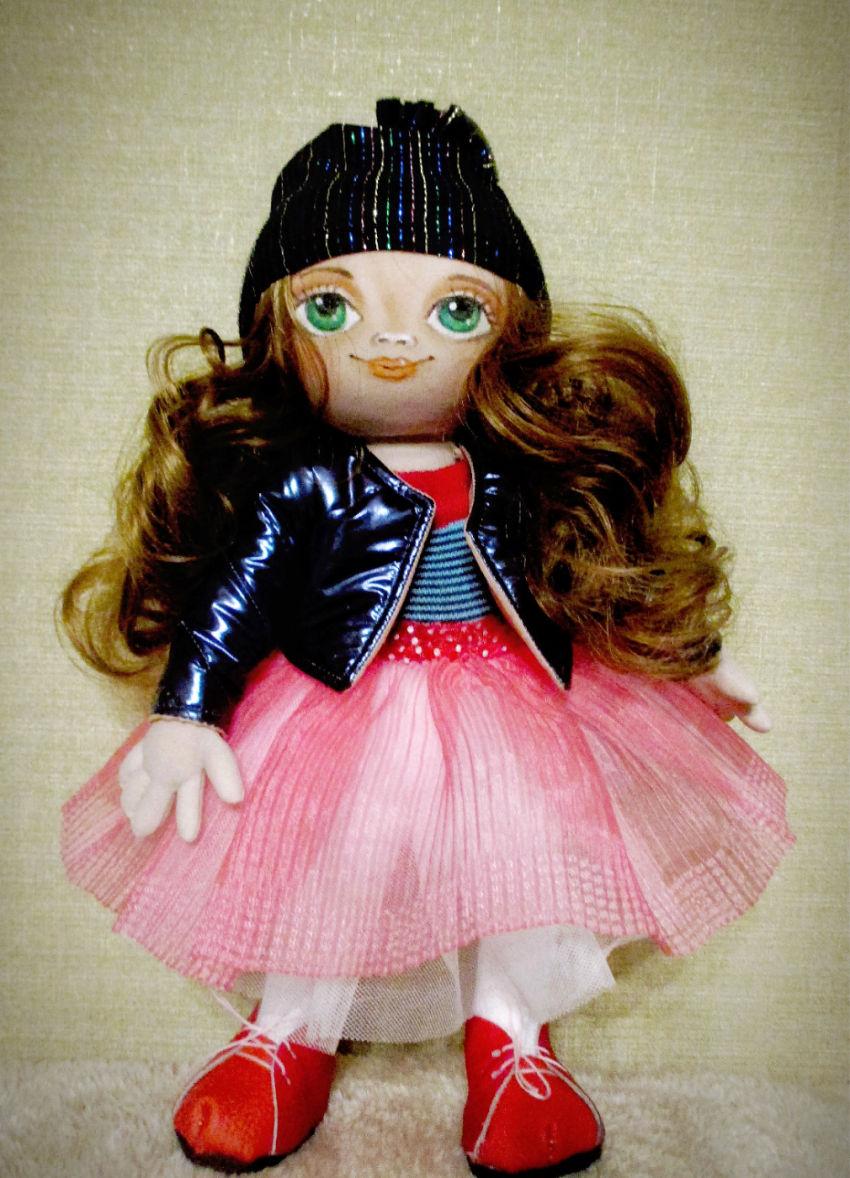žaislai | lėlės | lėlytė 35 cm su kepuryte