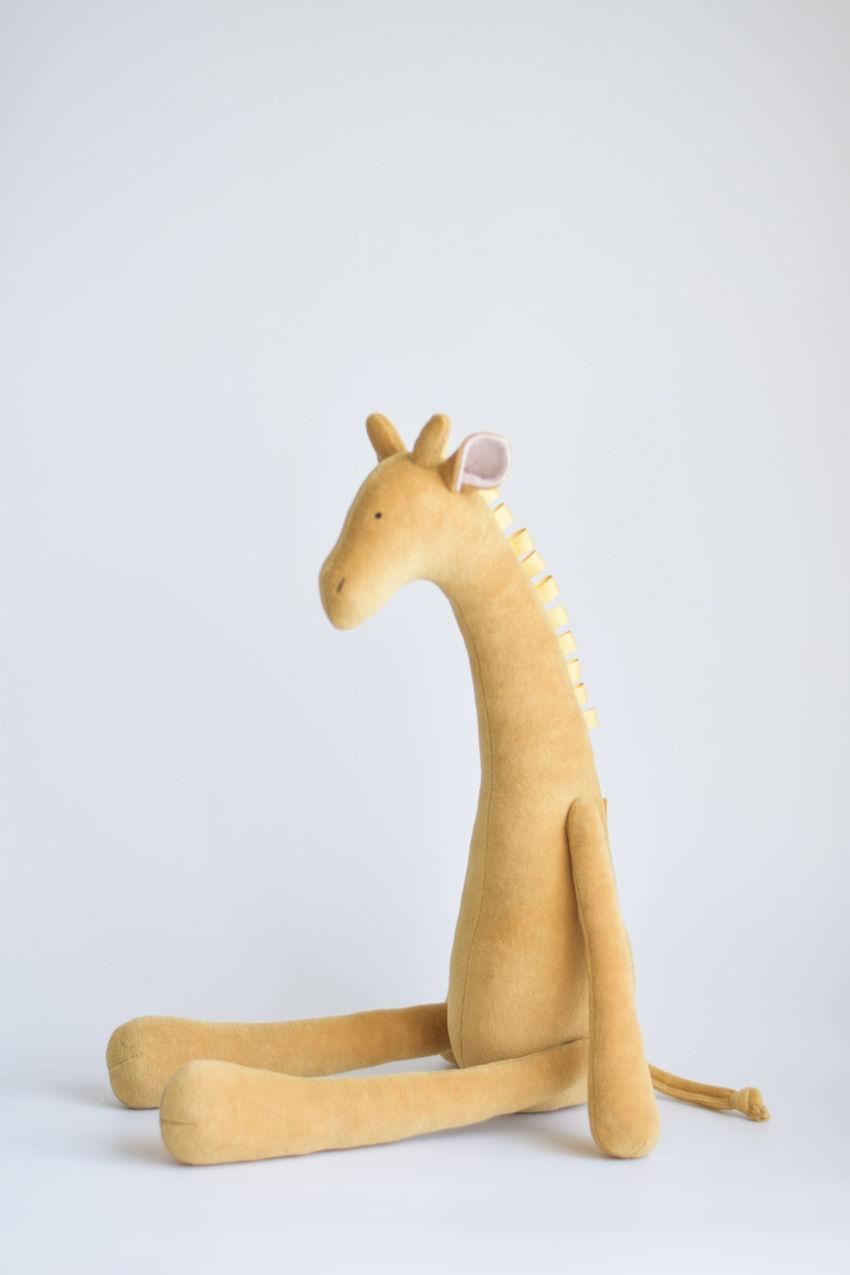 žaislai | minkšti | garstyčių spalvos žirafa, šviesiai rudos