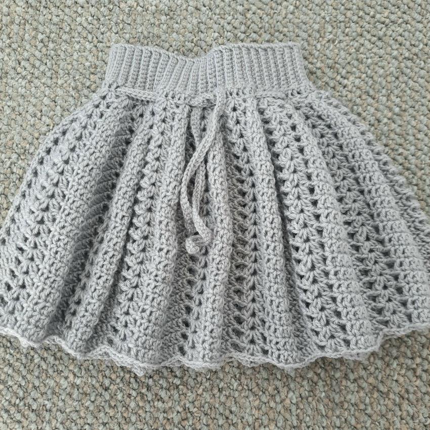 apranga mergaitėms | Suknelės | pilkas-sidabro spalvos sijonėlis mergait
