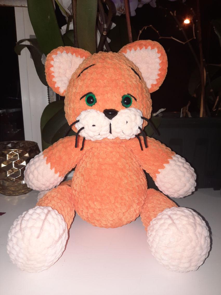 žaislai | minkšti | kačiukas/tigriukas 'maksas', 25cm ilgio.