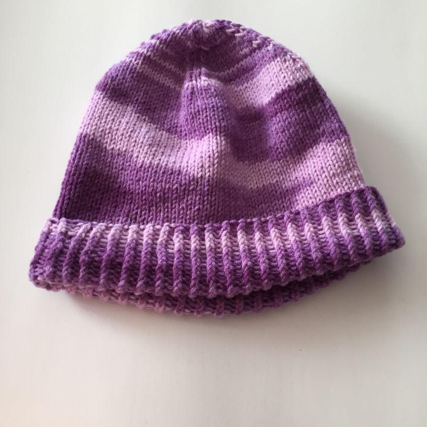 apranga mergaitėms   Kepurės   rankų  darbo  megzta virbalais  besiūlė,