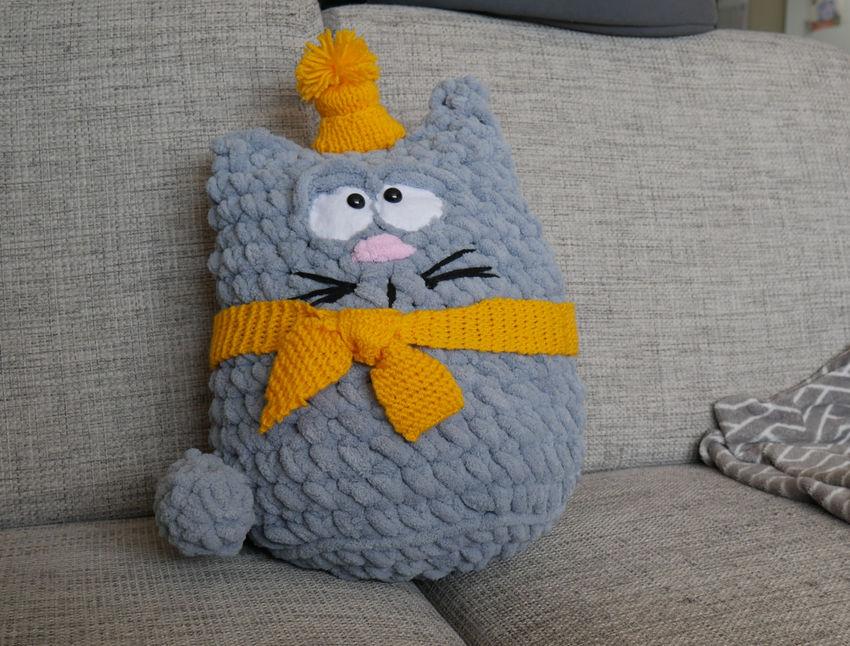 žaislai | minkšti | rankų darbo žaislas - pagalvė katinas. d