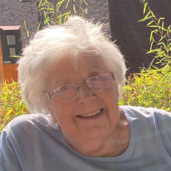 Anna Bracke