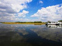 Onze hotelboot in op een kalme Donau. © STARLING reizen