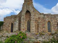 Dans la région, on trouve encore de nombreux chateaux et églises anciennes