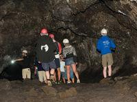 De groep verkent het grottenstelsel. © Billy Herman