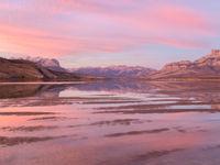 Jasper lake tijdens een ondergaande zon. © Bart Heirweg