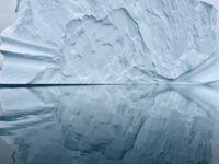 Het topje van de ijsberg, zoals de uitdrukking luidt. © Yves Adams