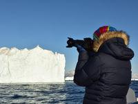 Groenland kent eigenlijk amper neerslag, waardoor het weer er vaak heel mooi is (maar wel koud!). © Yves Adams