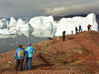 IJsbergen zijn een perfect onderwerp voor prachtige foto's. © Yves Adams