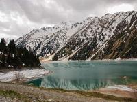 Een bergmeer in de hoge Altai. © Machiel Valkenburg