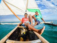 En bateau avec quelques locaux. © Billy Herman