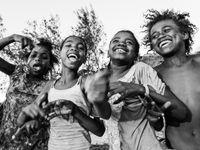 De jeunes locaux. © Billy Herman