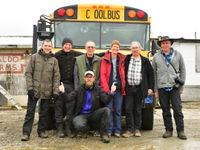 De 'coolbus' doet dienst als ideaal vervoersmiddel. © Yves Adams