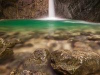 Betoverende grotten en tot de verbeelding sprekende watervallen. © Bart Heirweg