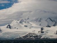 Het binnenland van de archipel is bijzonder koud en doet arctisch aan. © Frederik Willemyns