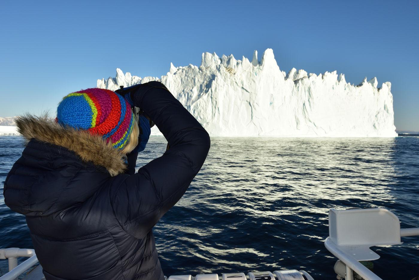 Fotograferen van ijsbergen is een kunst apart. © Yves Adams