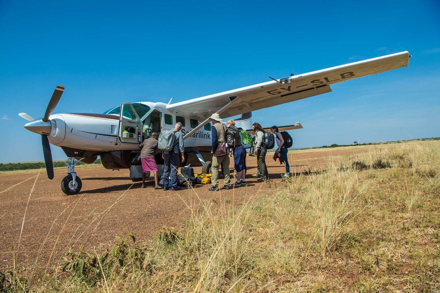 Van Nairobi vliegen we naar de Masai Mara met een klein vliegtuigje. Avontuur verzekerd! © Billy Herman