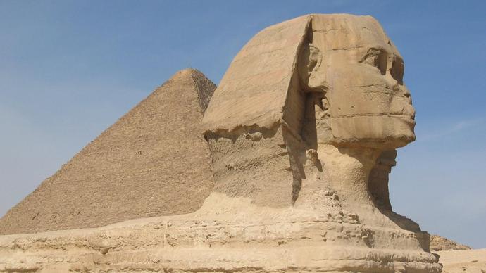 من هو صاحب تمثال ابو الهول ؟