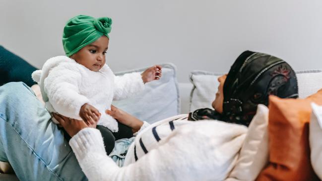 متى تسقط حضانة الام في السعوديه - كراسة