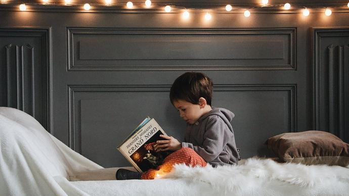 كيف اختار الكتاب المناسب لطفلي