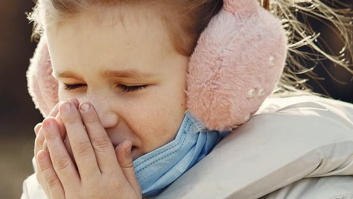 كيف اعالج الكحة عند طفلي