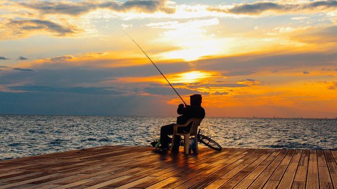 تفسير حلم صيد السمك في المنام ومعناه بالتفصيل