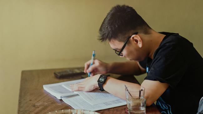 تخصصات جامعة ام القرى للبنات - كراسة