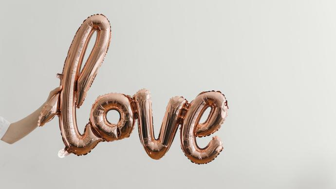 اجمل رسائل عيد الحب 2021