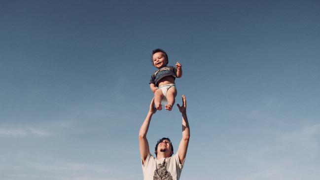 حوار بين شخصين قصير جدا عن بر الوالدين - كراسة