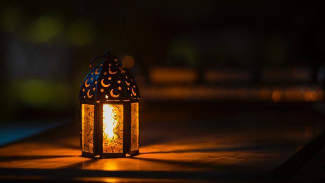 تهنئة بمناسبة رمضان بالاسم - كراسة