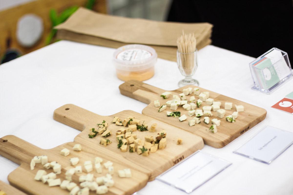 Wege Siostry na Food Show 2018 - degustacja wegańskich serów