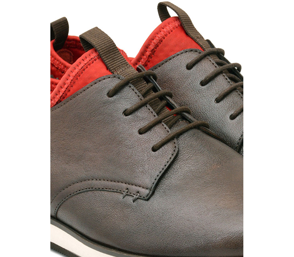 Casual Lace Up - Brown