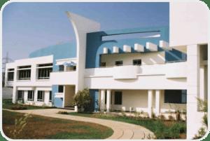 6-Mercedes-Benz International School
