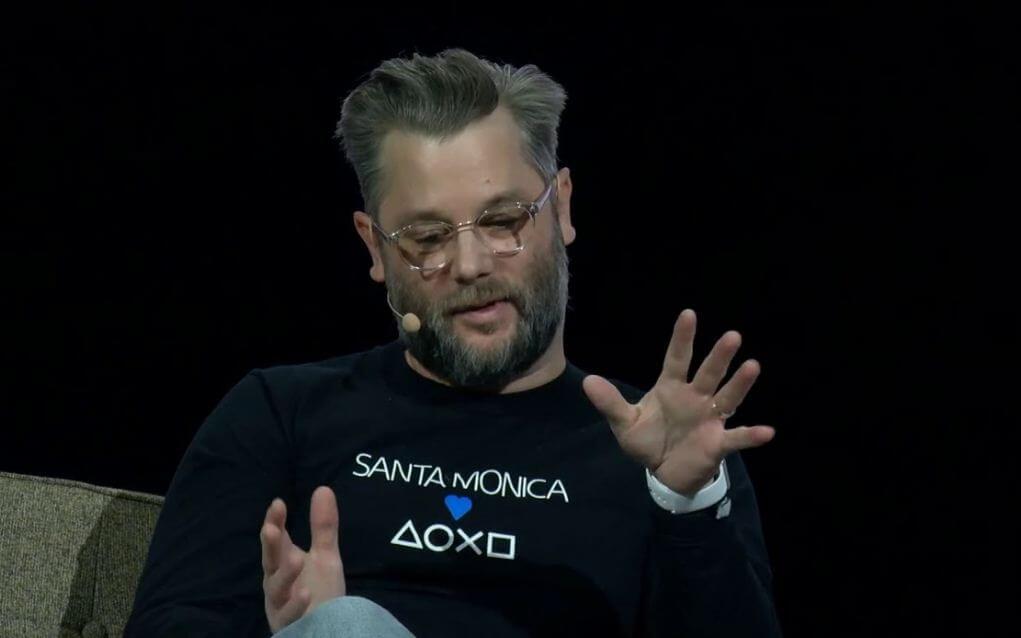 Diretor de God of War IV chora ao ler as críticas do game