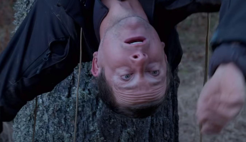 Bear Grylls está em apuros em novo trailer de Você Radical