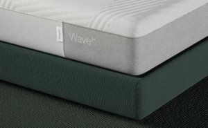 Casper Wave Hybrid Mattress view from the side.