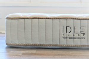 side view of the idle sleep latex hybrid mattress