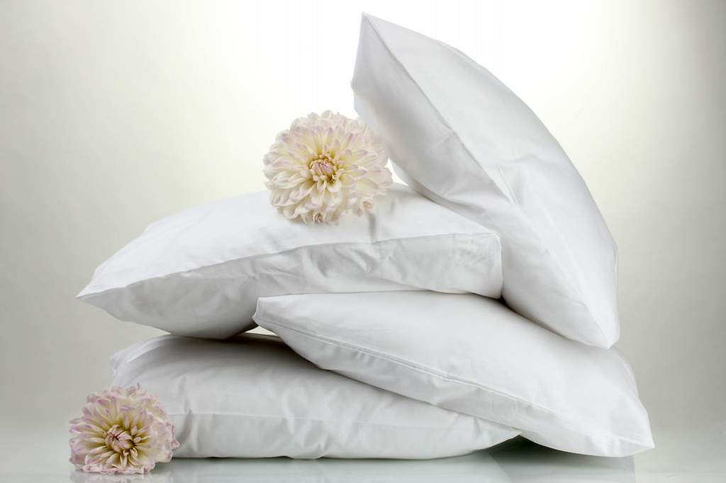 The Top 5 Most Comfortable Memory Foam Pillows