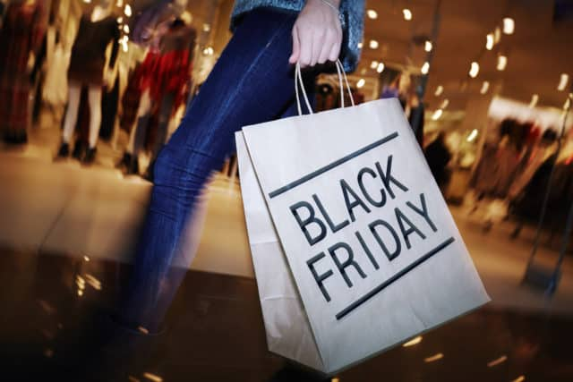 black friday guide, black friday shoppers