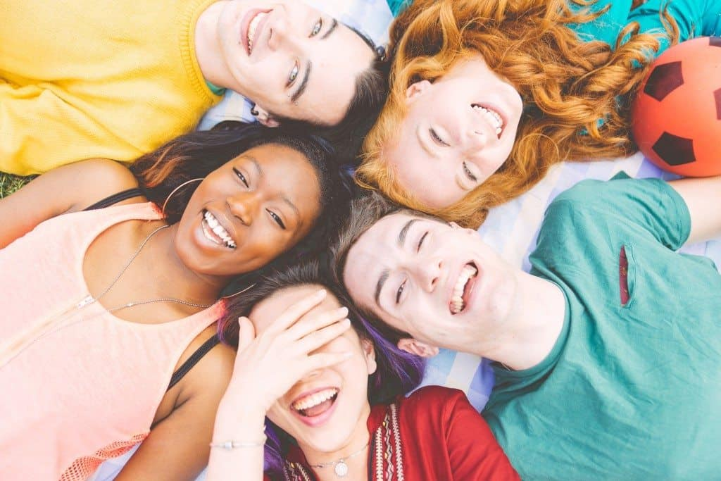 effects of friendships, value of friendship, the power of friendship,