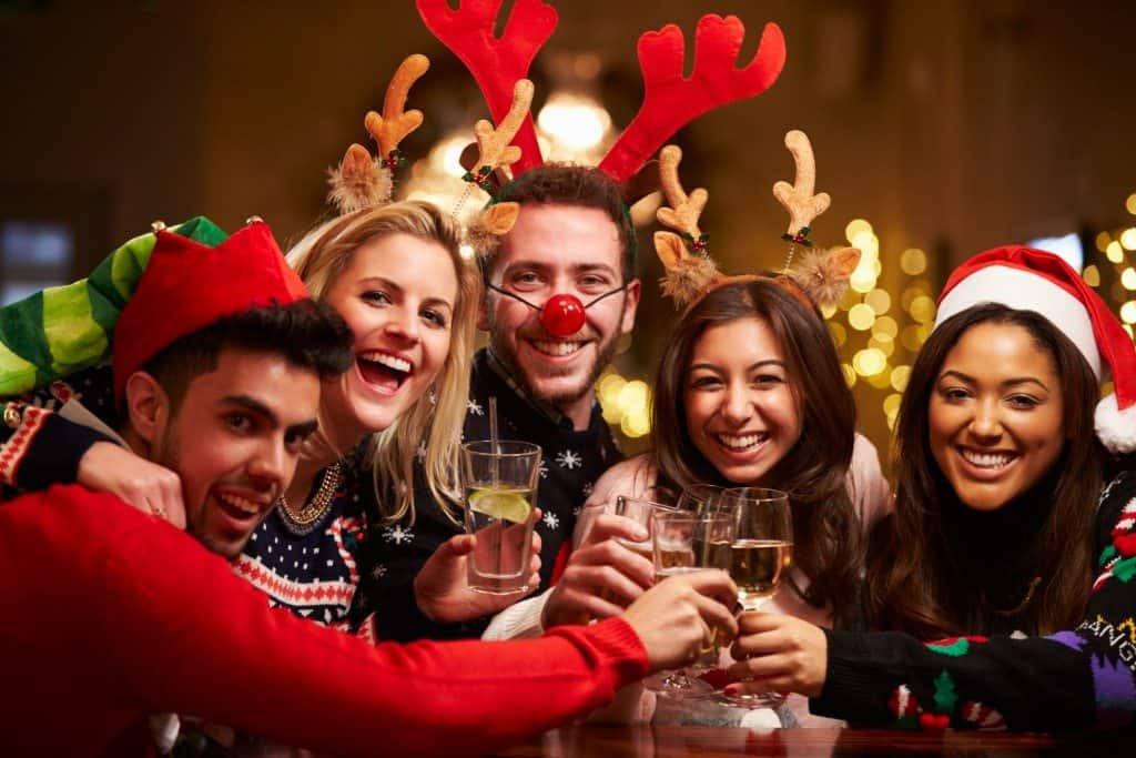 Holiday Welcome Tips, Mindful Family, Mindful Living Everyday, Holiday Tips