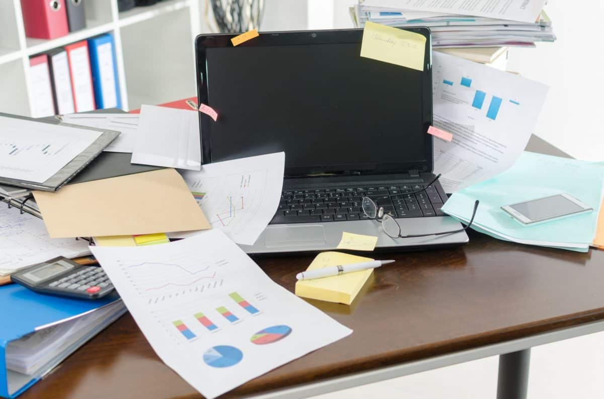 clean off your desk day, clean off your desk, clutter, disorganization