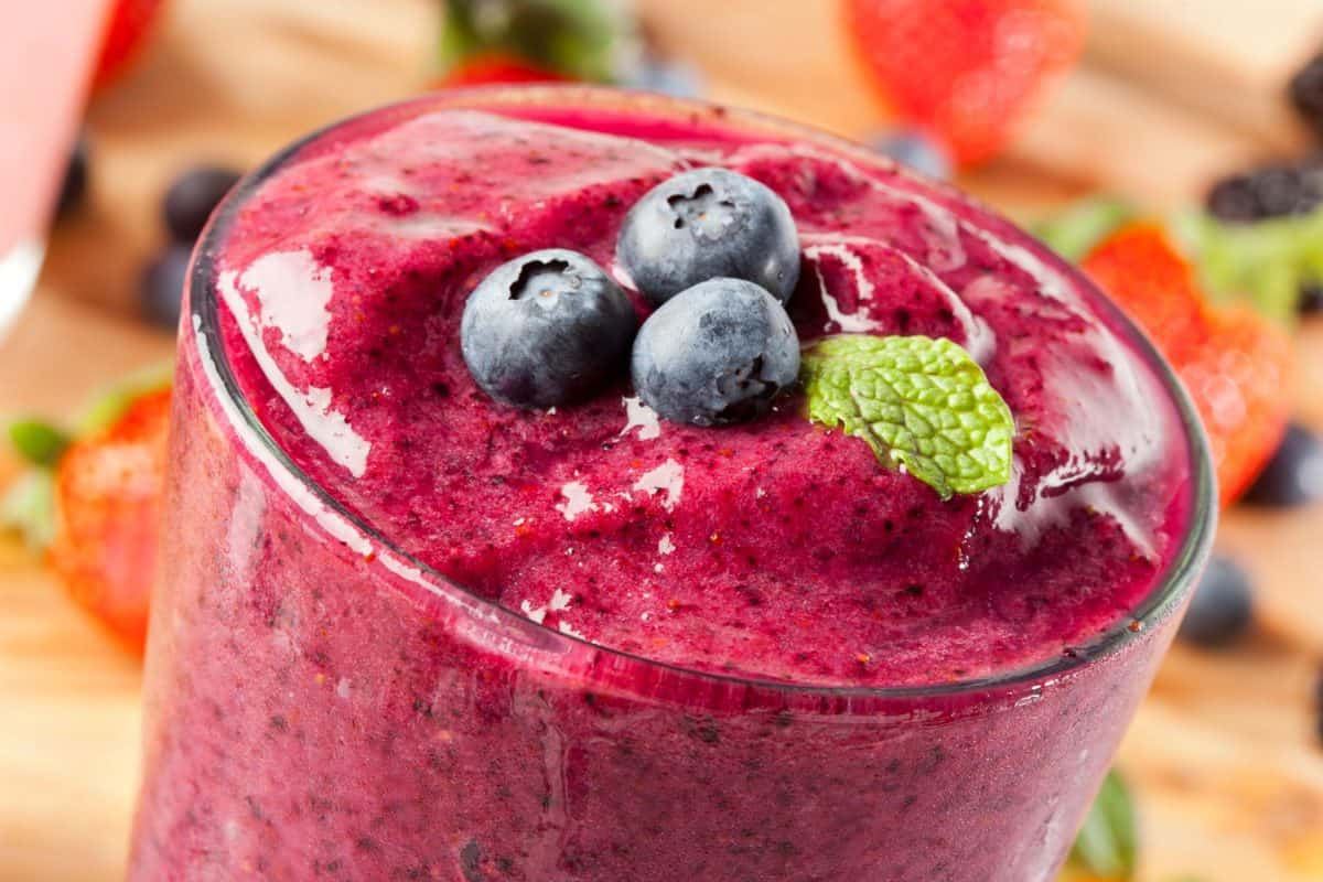 blueberry smoothie, smoothie recipe, breakfast smoothie, morning smoothie