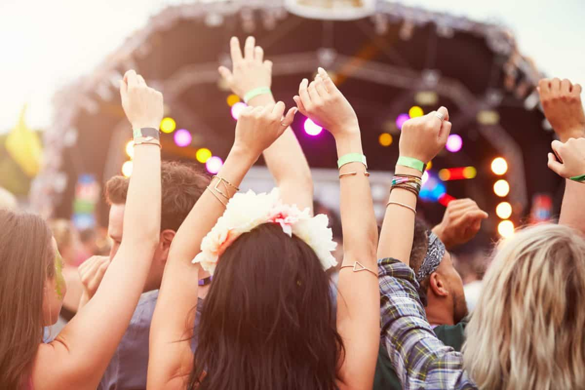 festival survival kit, festival budget, summer festivals, budgeting tips