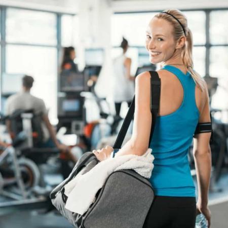 6 DIY Gym Bag Essentials