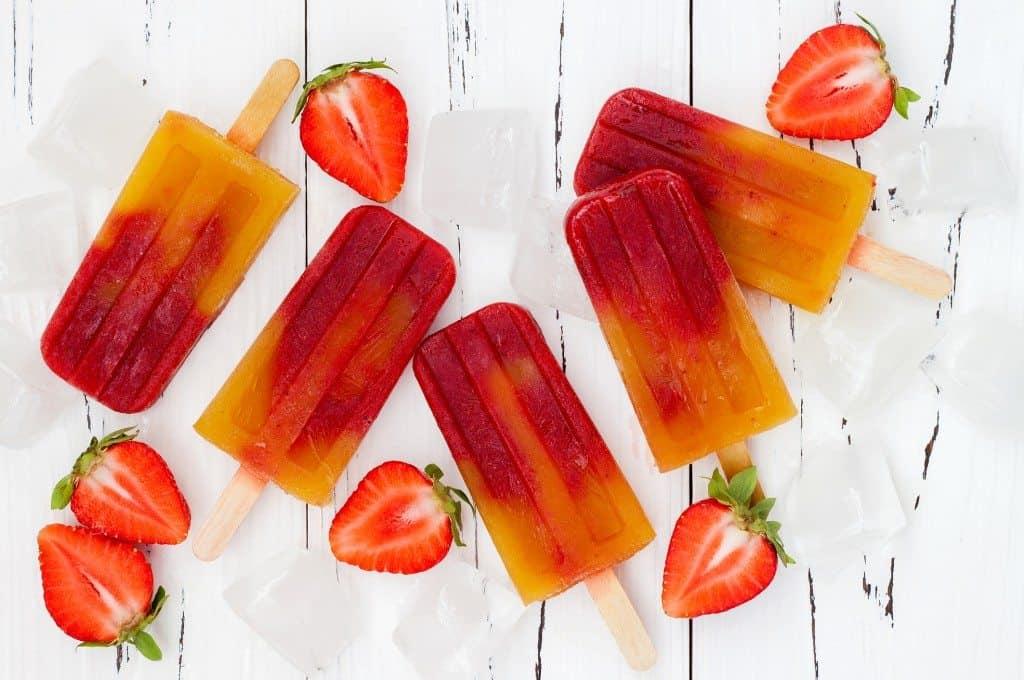 Strawberry mango popsicles - ice pops - paletas