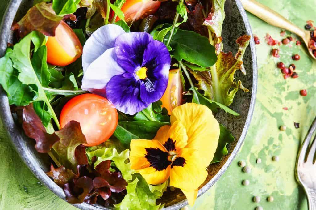 2018 food trends, edible flowers
