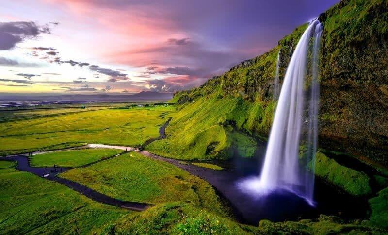 Seljalandsfoss Waterfall in IcelandSeljalandsfoss Waterfall in Iceland